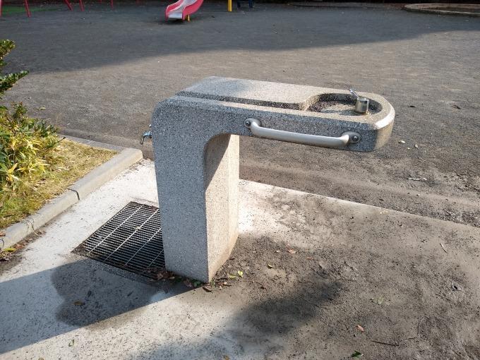 綱島西6丁目第二公園水飲み場