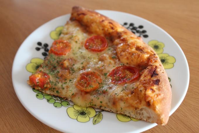 OKストアのボロネーゼピザ