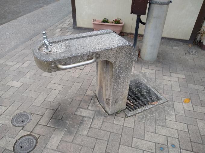 樽町しょうぶ公園水飲み場