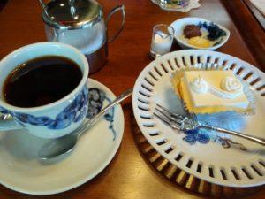 アデリータ綱島店でお茶