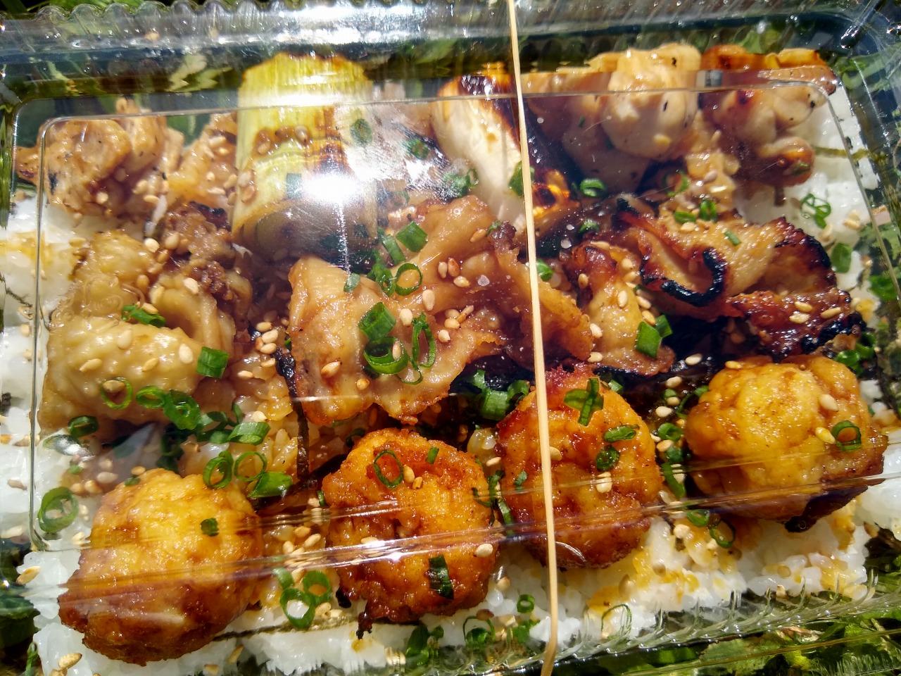 鳥笹焼き鳥丼テイクアウト
