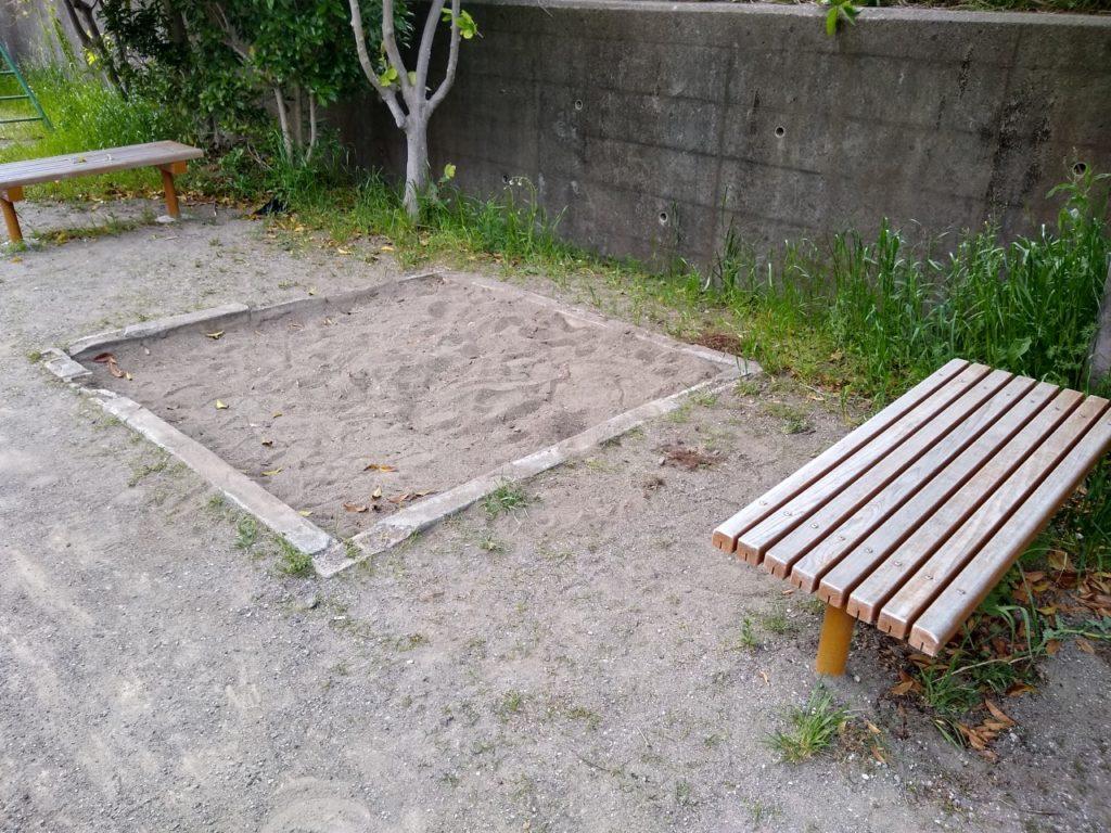 大曽根子供の遊び場砂場