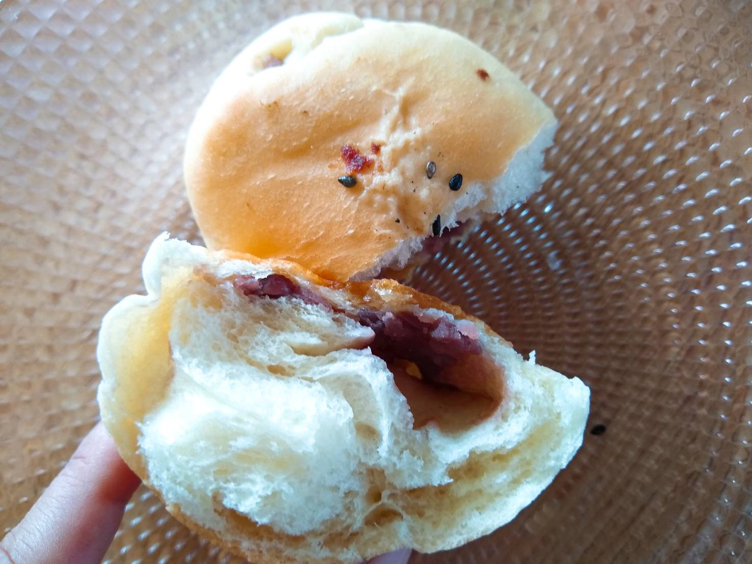 田畑小麦のあんバター塩パン
