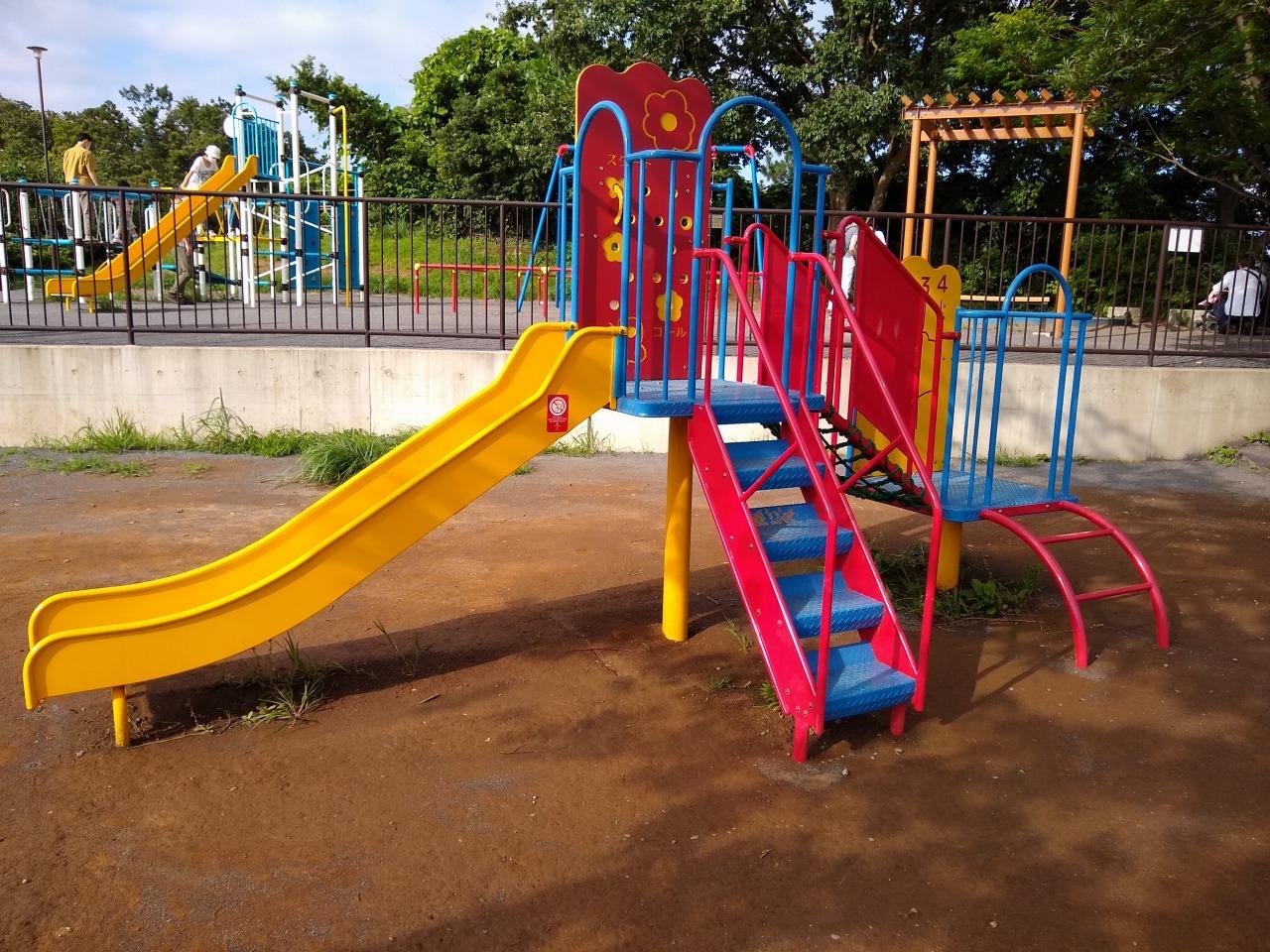 師岡町公園の遊具