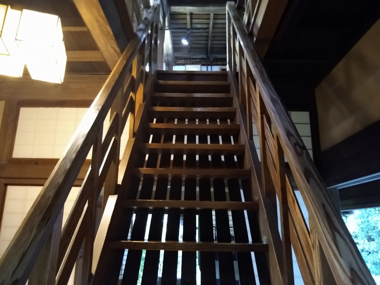 横溝屋敷の二階