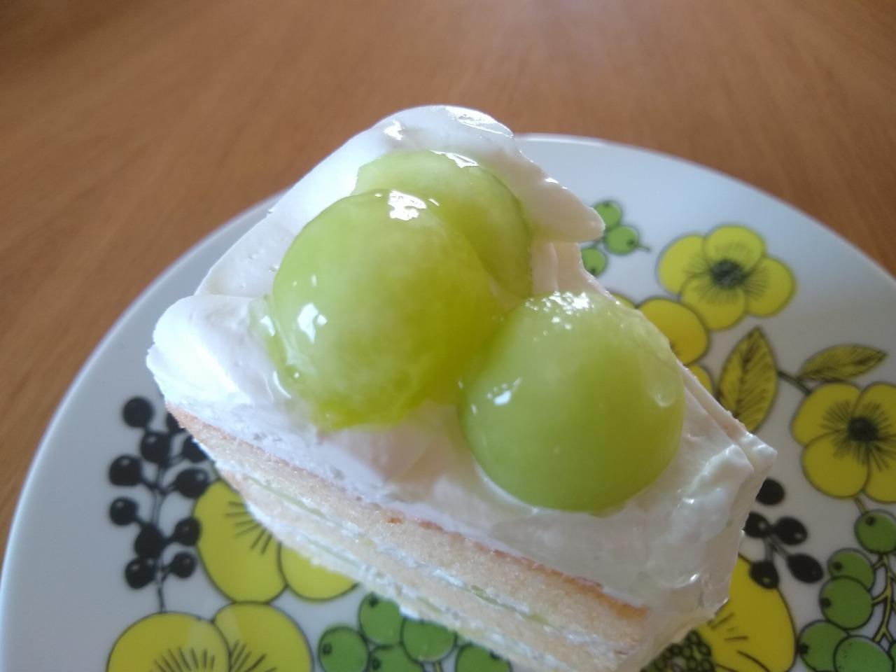 イーツホールのメロンショートケーキ