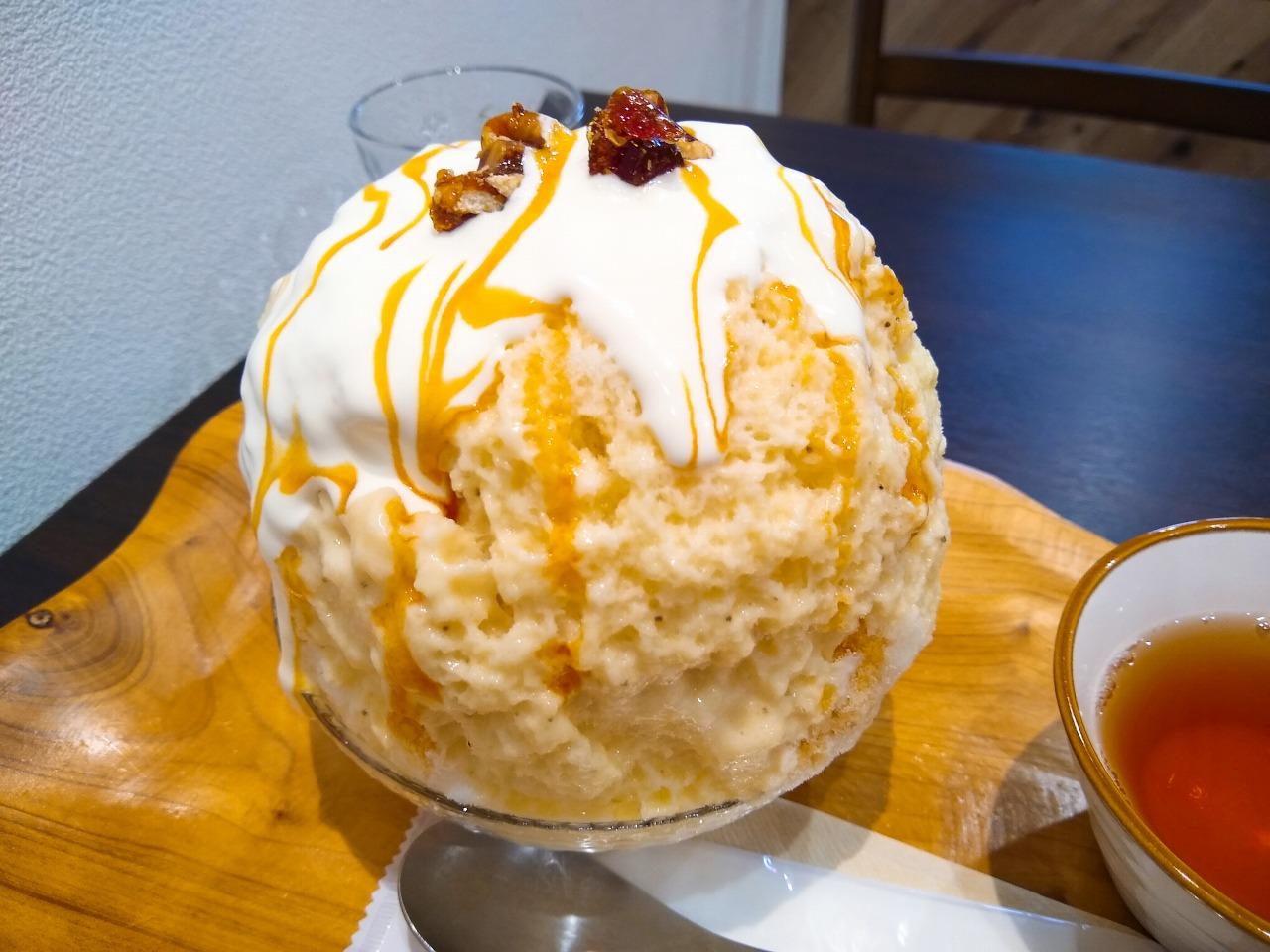 ハンドレッドフルーツかき氷キャラメルバナナ