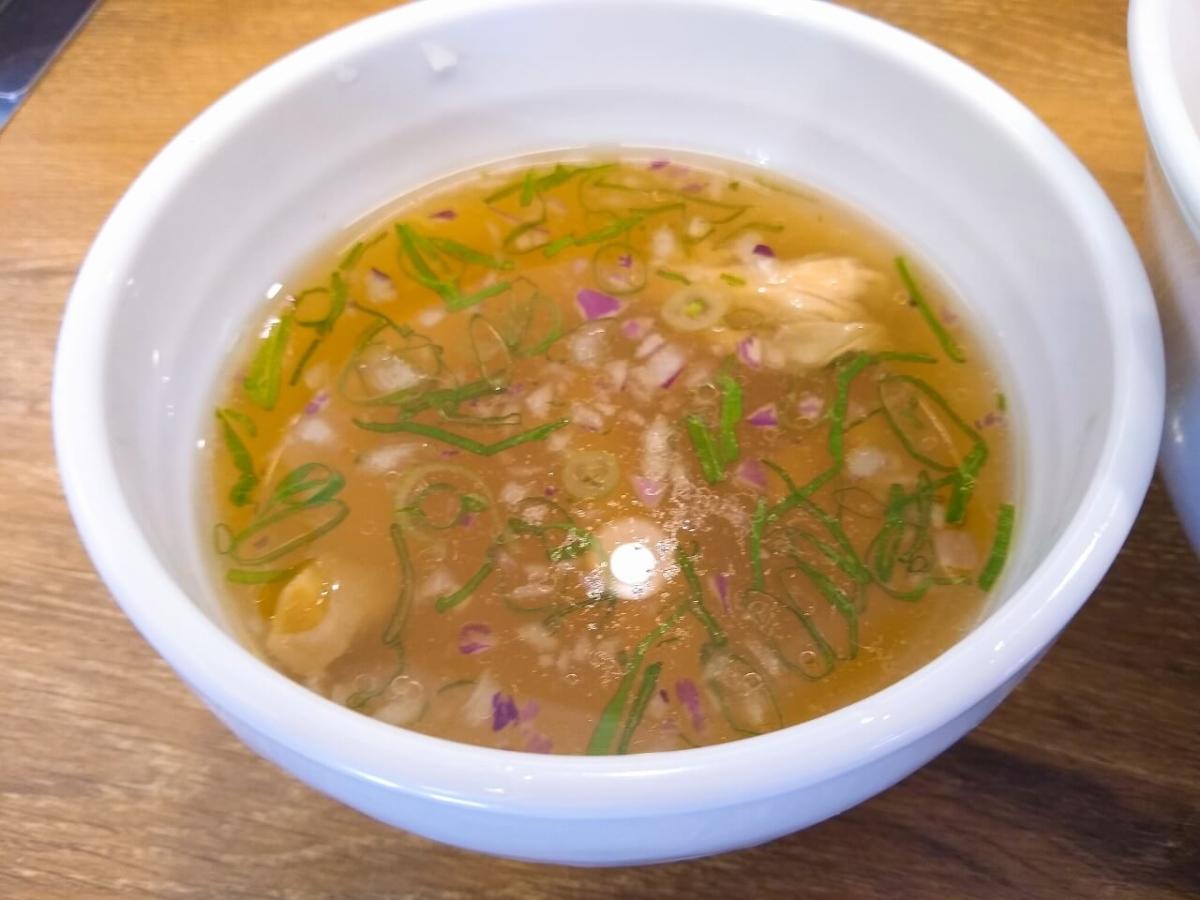 鳳仙花綱島店白湯金目鯛つけ麺