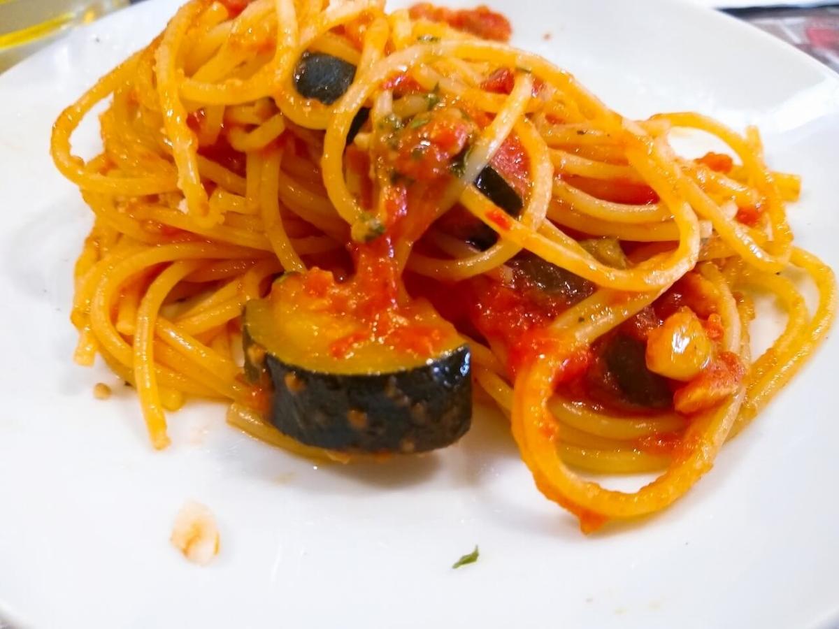 ペスカーラのトマトパスタ