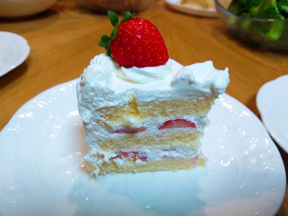 プチポワのバースデーケーキ