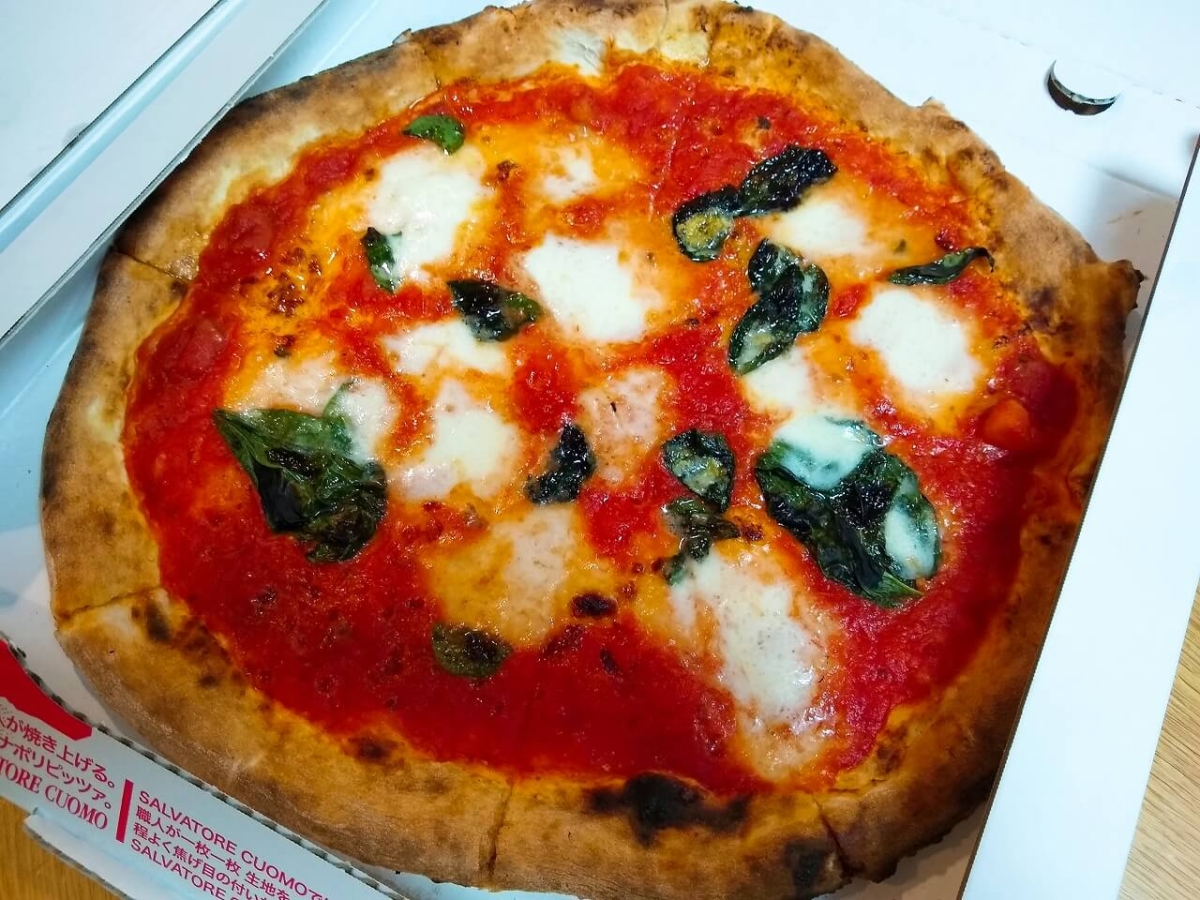 サルバトーレのピザマルゲリータ