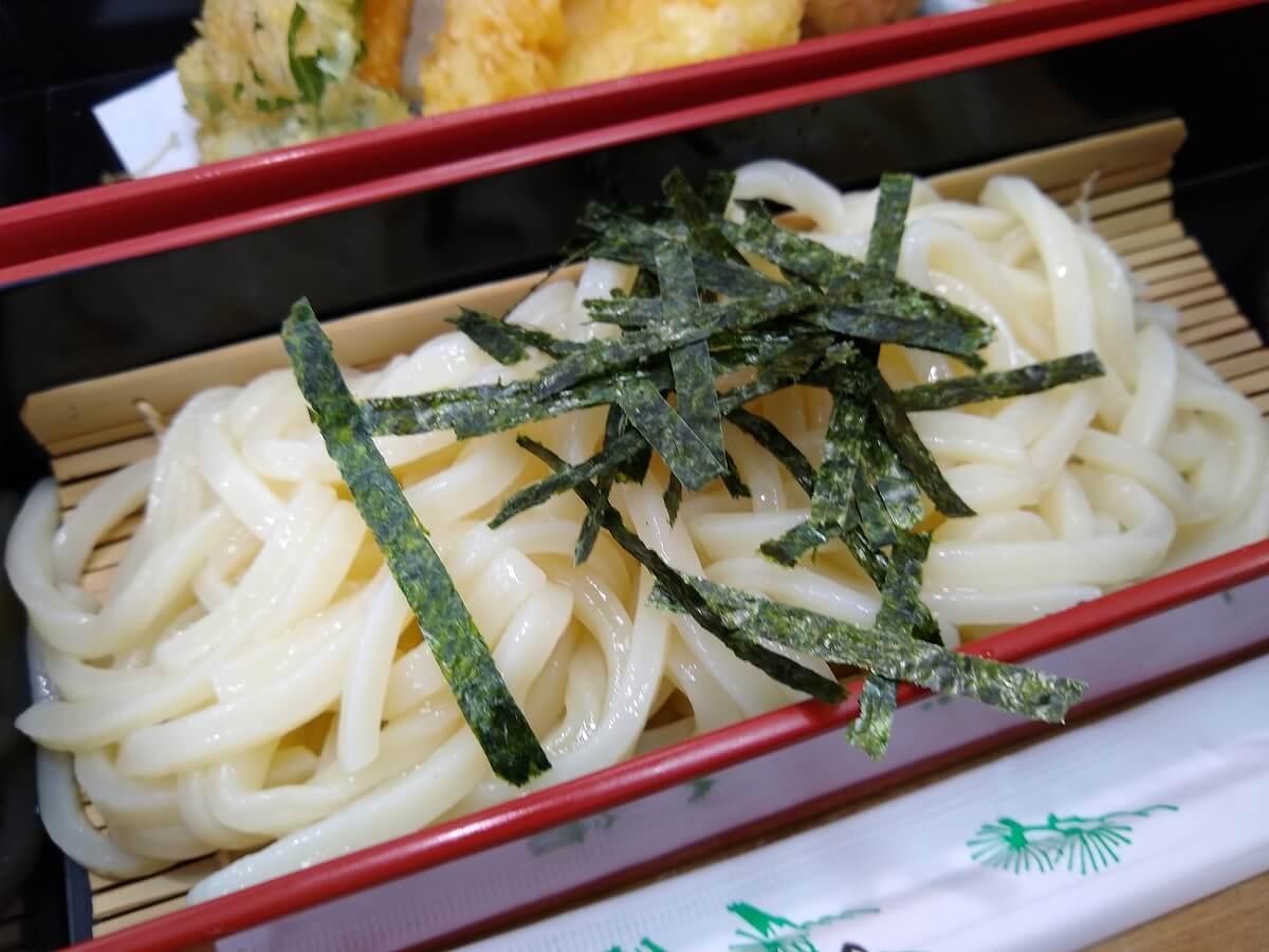 魚魚鮮ビッグヨーサン綱島樽町店うどん天ぷらセット
